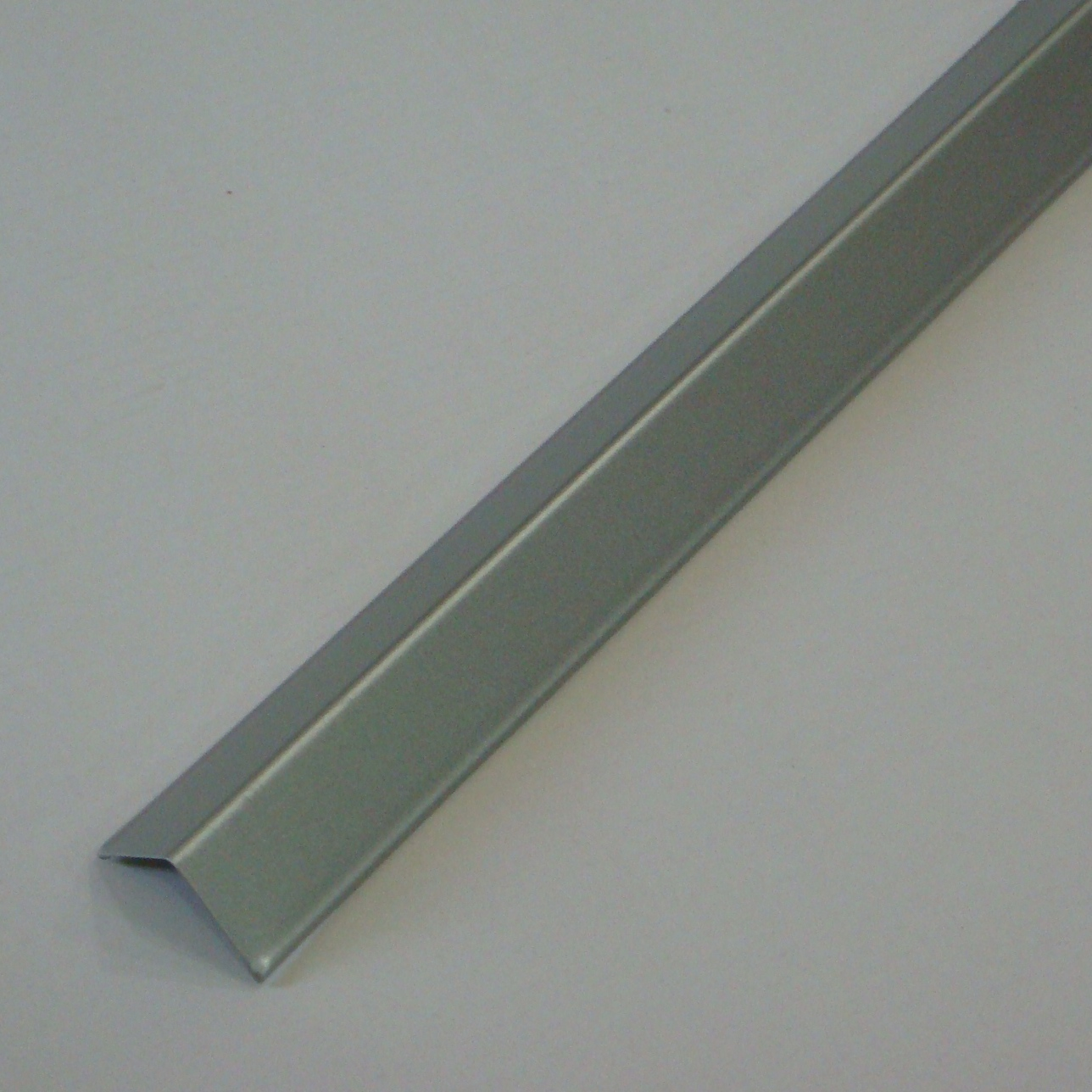 Wall Angle Long Range Suspended Ceiling Grid Perforated